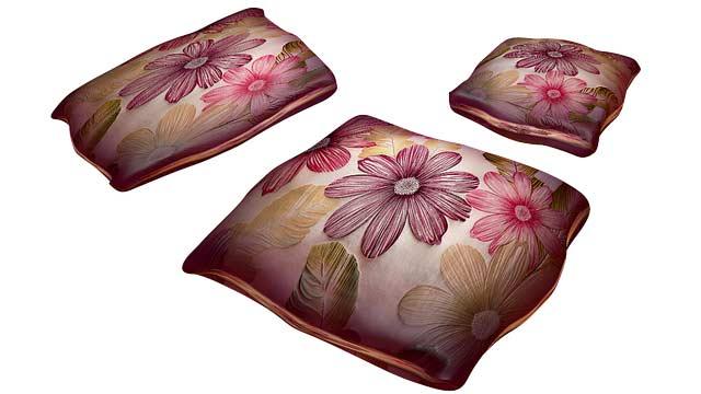 Seiden Kissen für einen Hauch von Luxus